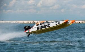 Catamarán Italia Offshore